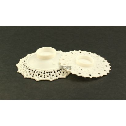2.75 Inch White Plastic Ornament Base Cake Topper