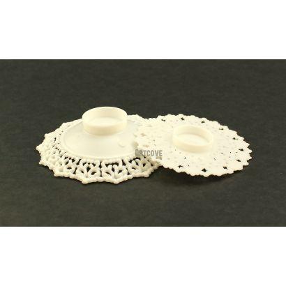 3.5 Inch White Plastic Ornament Base Cake Topper