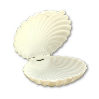 white seashell party favors